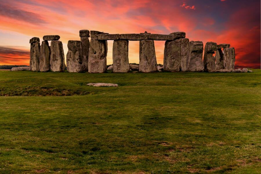 https://www.astriefuturo.it/wp-content/uploads/2020/01/Stonehenge.jpg